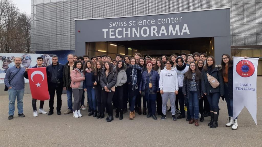 Avrupa Nükleer Araştırma Merkezine Yaklaştık