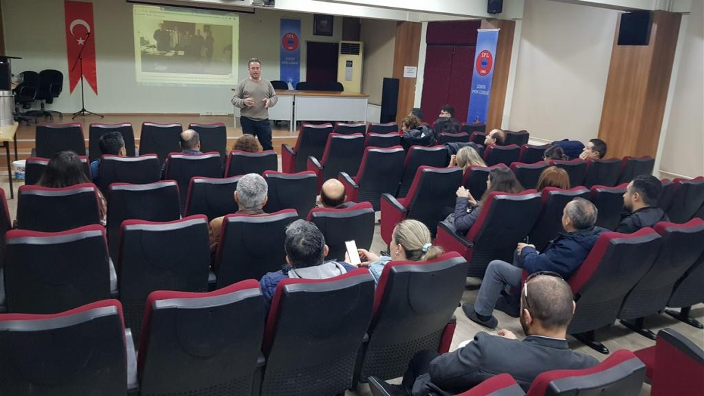 Bornova Bilişim Teknolojileri Rehber Öğretmenleri Toplantısı